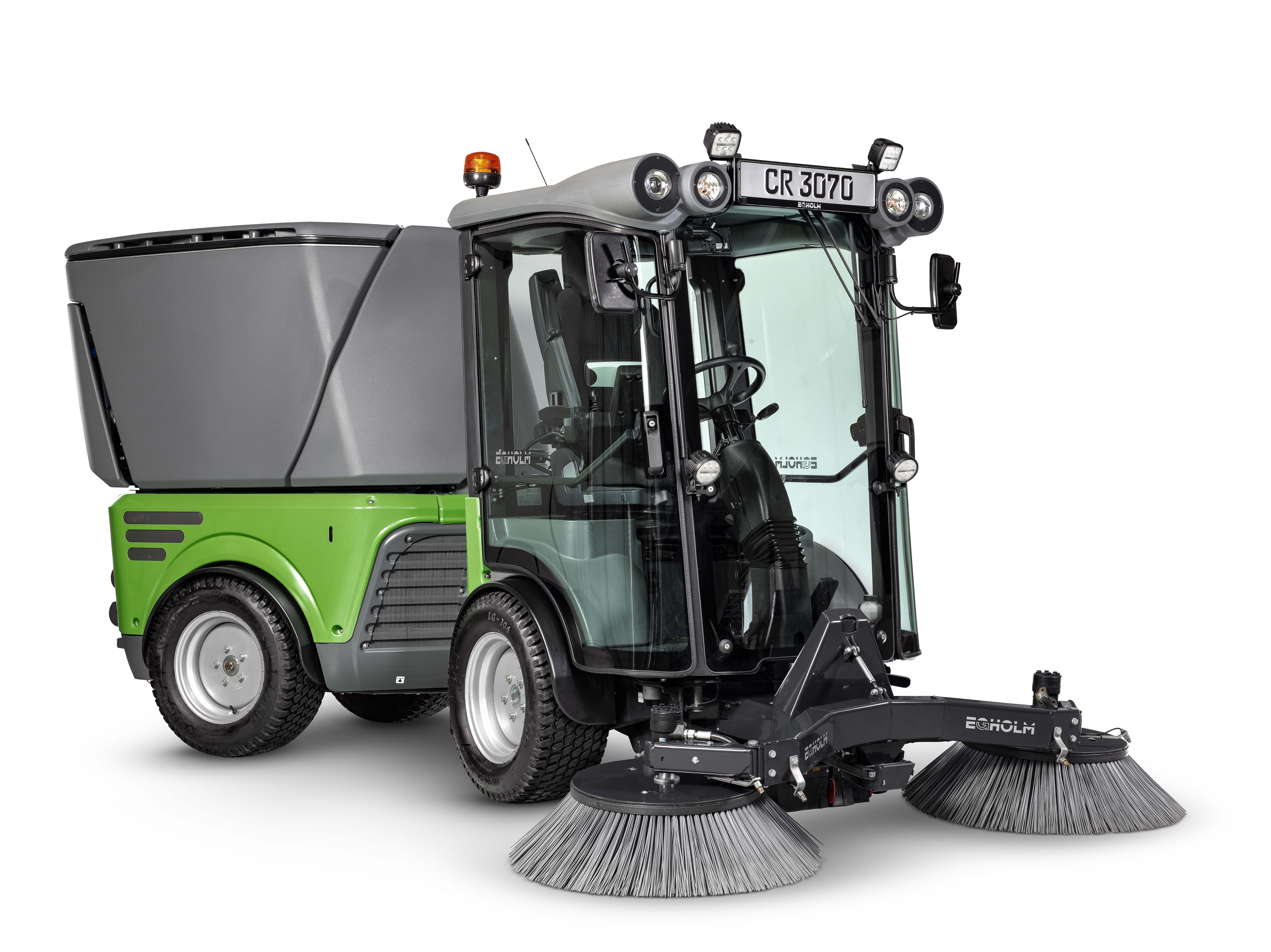 CR3070 Studio suction sweeper 1