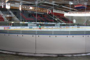 zueko-Eishockey-Sicherheitsbande-RAITA-Hornium