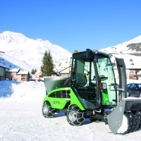 City_Ranger_2250_Action_Snow_blower_2_Offset